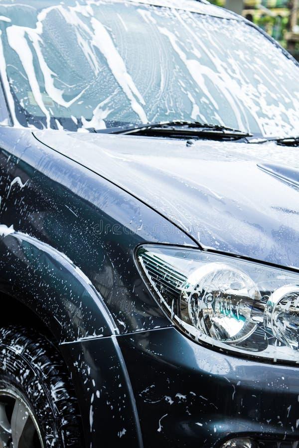 Samochody w carwash zdjęcie stock