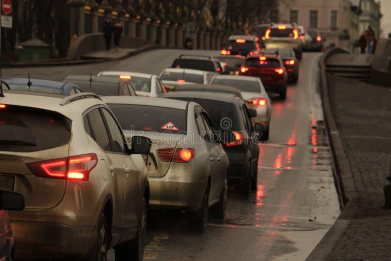 Samochody w ruchu drogowego dżemu zdjęcie royalty free