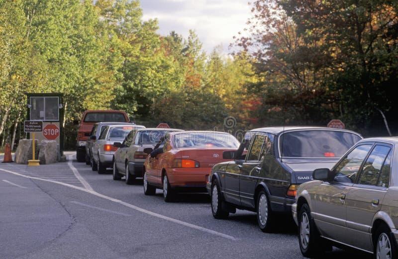 Samochody Wykładający Wykładać Przy Wejściem Acadia Park Narodowy fotografia stock