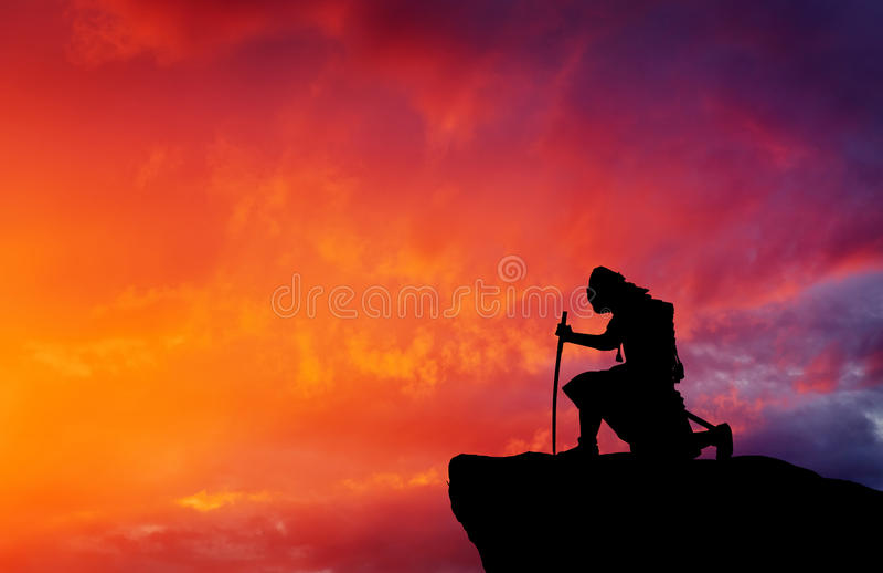 Samoeraien bovenop berg stock foto