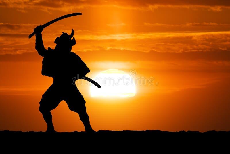 Samoeraien op zonsondergang royalty-vrije stock afbeeldingen