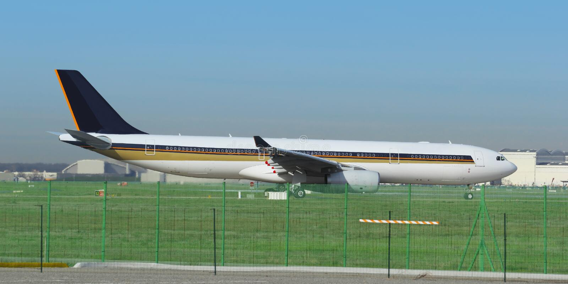 Download Samolot zdjęcie stock. Obraz złożonej z transport, silnik - 28957678
