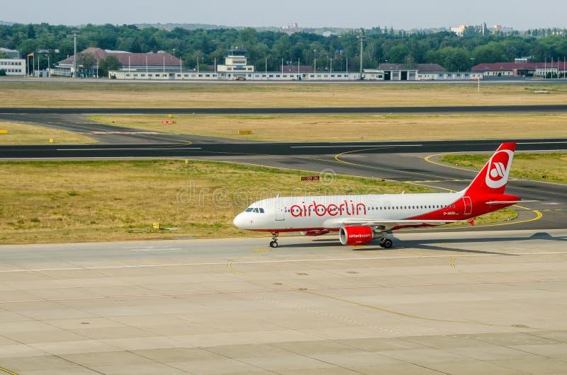 Samolot Airberlin lądowanie zdjęcie stock