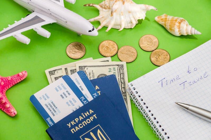 Samolot, bilety, paszport i pieniądze, fotografia royalty free