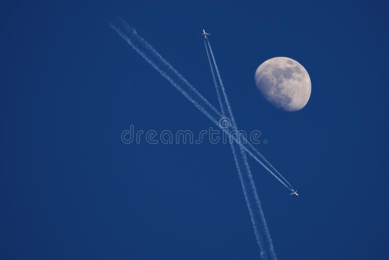 samolot księżyc obraz royalty free