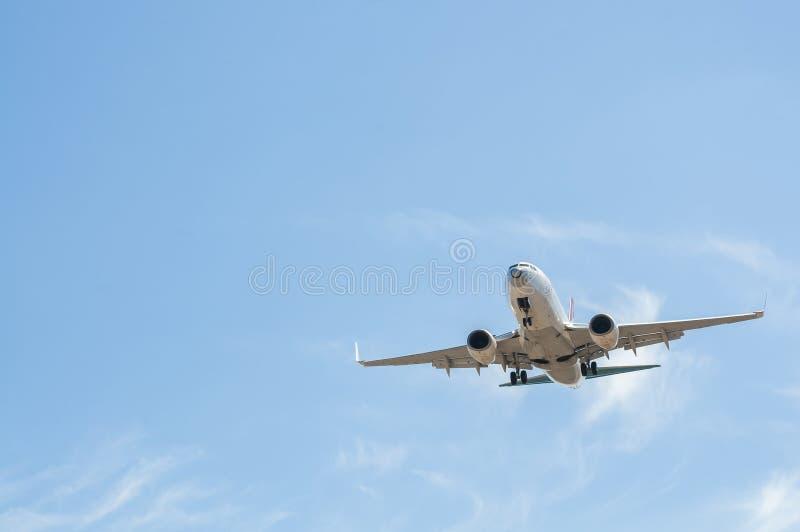 Samolot na definitywnym podejściu fotografia royalty free
