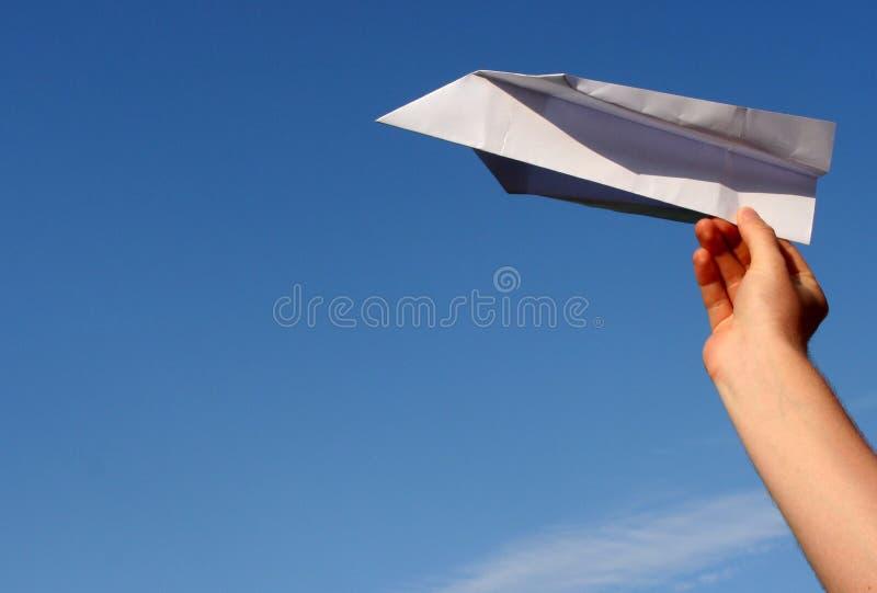 Download Samolot na papierze obraz stock. Obraz złożonej z zaciemnia - 133249