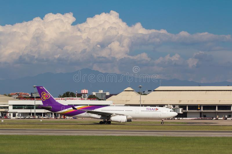 Samolot Thai Airways International Aerobus A330 zdjęcie stock
