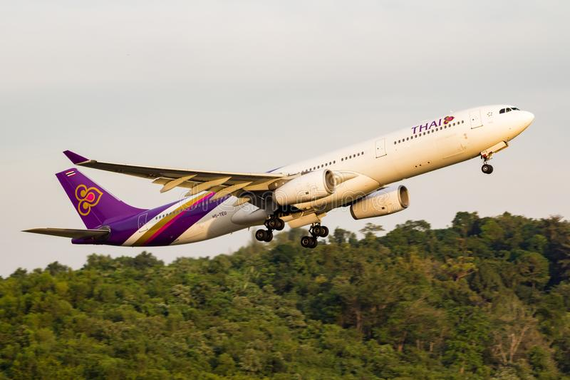 Samolot Thai Airways International Aerobus A330 obrazy royalty free