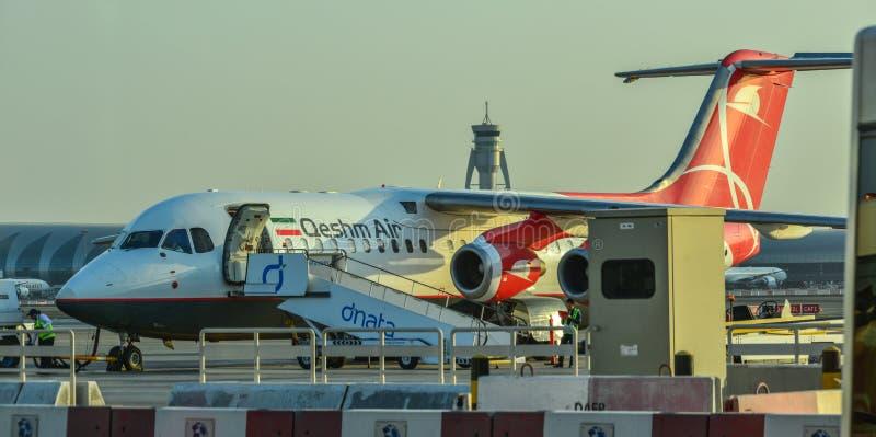 Samolotowa kurtyzacja przy Dubaj lotniskiem fotografia stock
