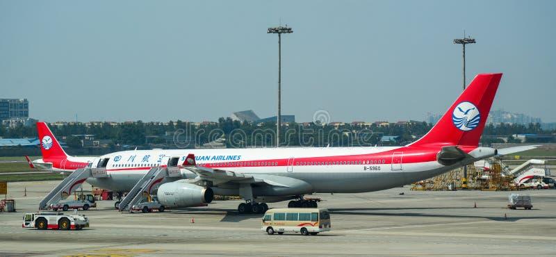 Samolotowa kurtyzacja przy lotniskiem zdjęcie stock