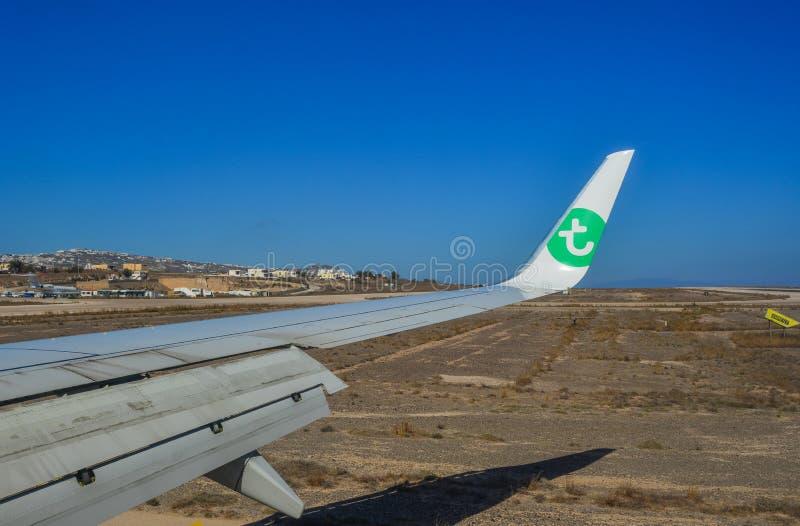 Samolotowy bieg na lotniskowym pasie startowym zdjęcie stock