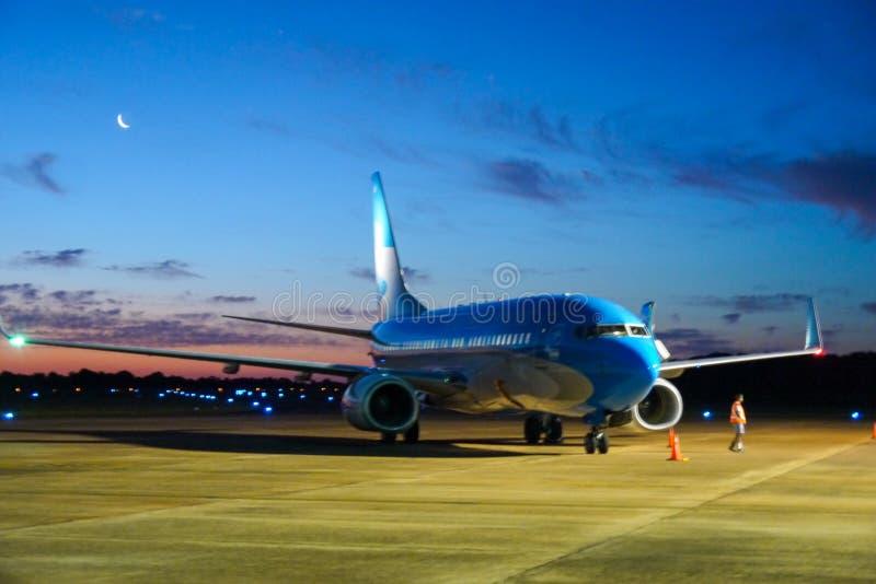 Samolotowy parking przy lotniskiem fotografia royalty free