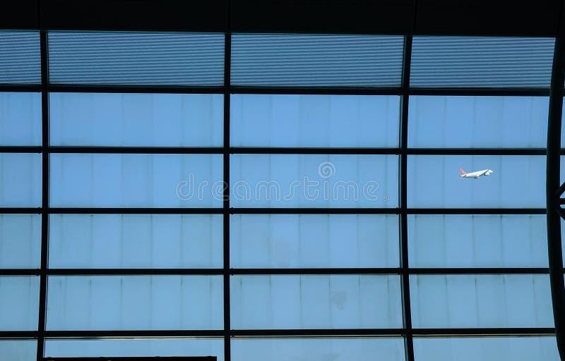 Samolotowy zdejmować, widok od abordaż bramy obraz royalty free