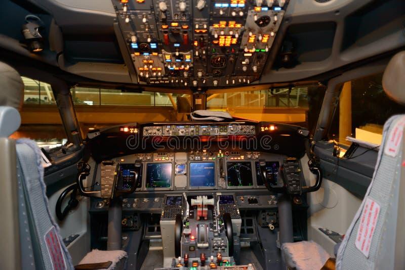 Samolotu kokpitu wnętrze zdjęcie stock