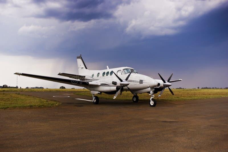 samolotu lotniczy beechcraft e90 folował królewiątko zdjęcie stock