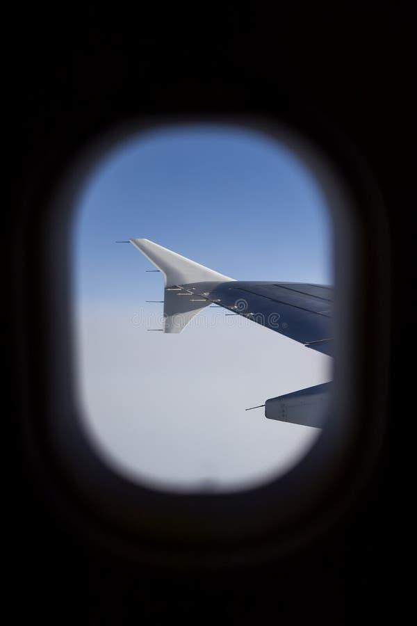 Samolotu niebo jak widzieć okno samolot i skrzydło fotografia royalty free
