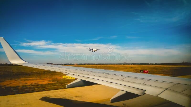 Samolotu skrzydło zdjęcia stock