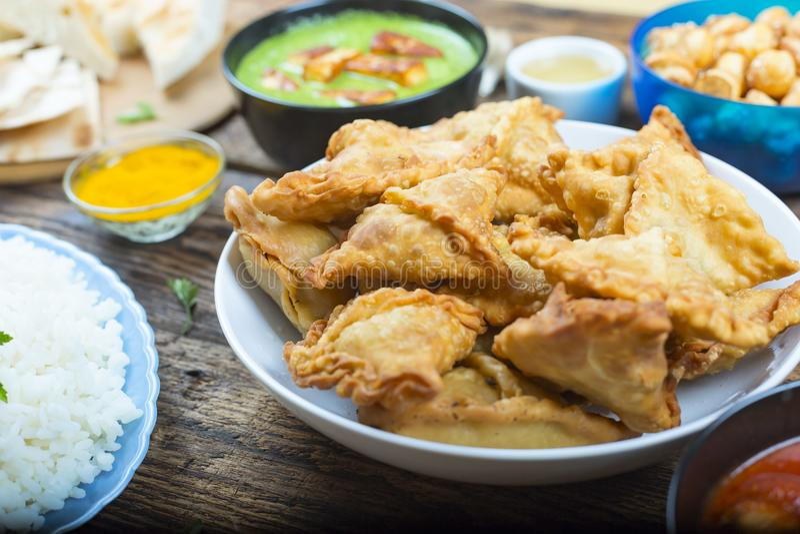 Samosa, torte con carne, torte di Samosa con carne, cuisin del Bangladesh immagine stock libera da diritti