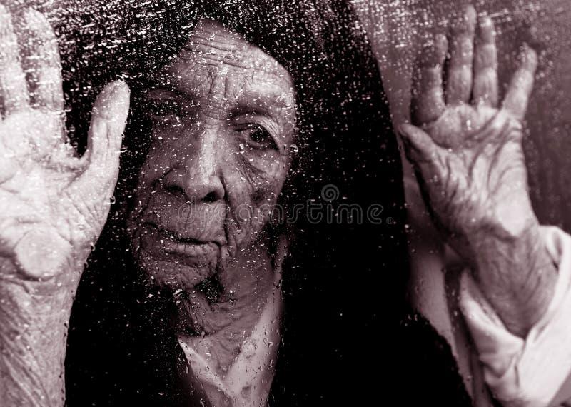 samotna kobieta zdjęcia royalty free