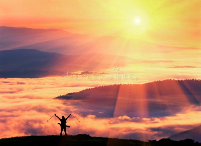 Samotna narciarka zdjęcia stock
