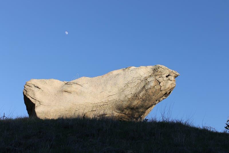 samotna rock zdjęcie royalty free