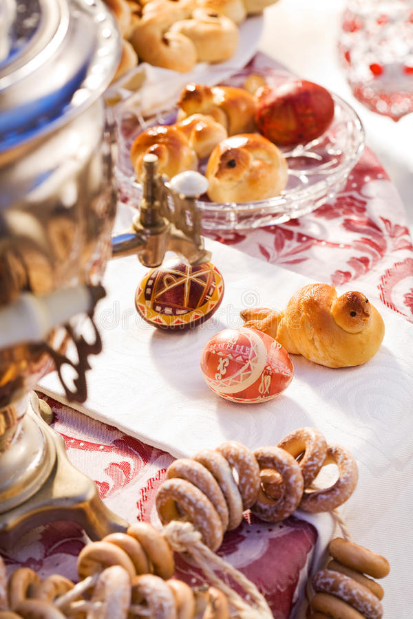Samovar end sweets stock photography