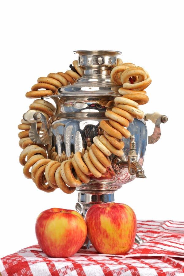 samovar för äpplebagelryss fotografering för bildbyråer