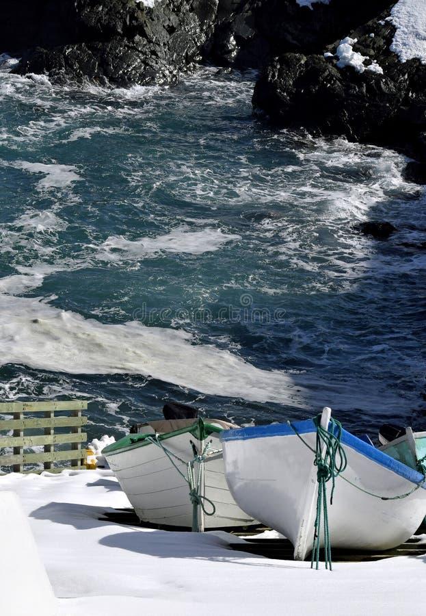 Download Sampietri Di Pesca Al Porto Nell'inverno Immagine Stock - Immagine di stazionario, memoria: 117975873