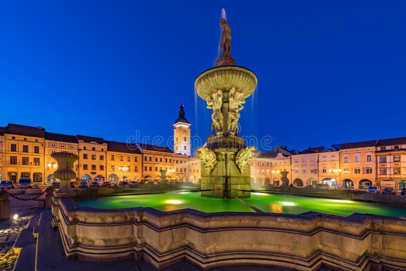 Samson Fountain i Ceske Budejovice arkivbild