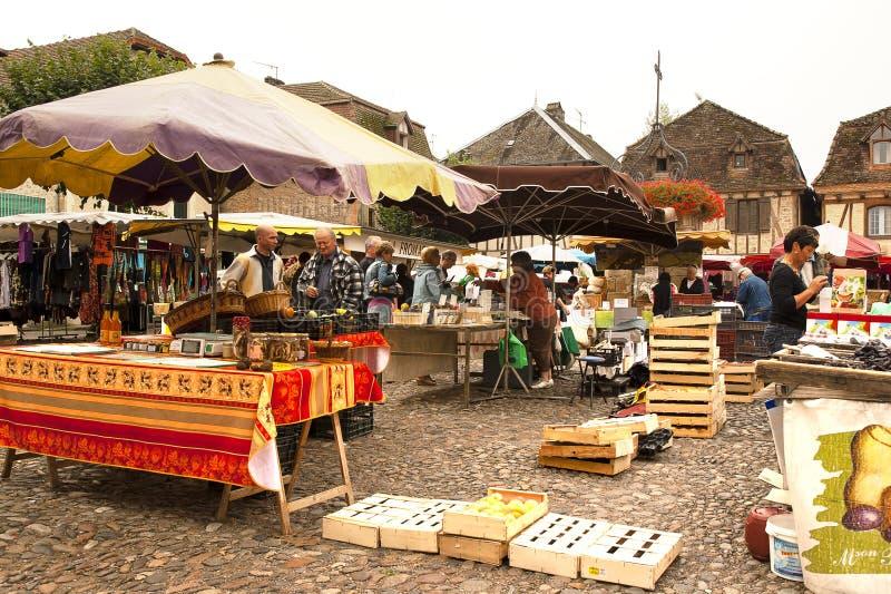 Samstag-Markt Heilig-Cere Frankreich lizenzfreies stockfoto