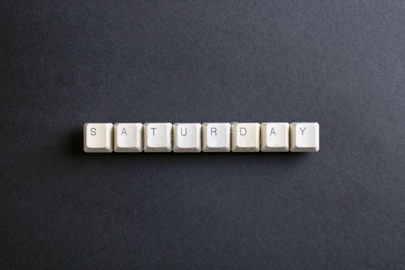 Samstag-Wort auf Computerschlüsselknopf Flache Lageansicht von oben stockfotografie