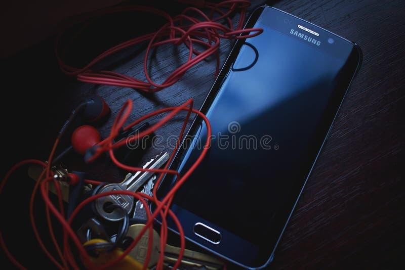Samsung Black Galaxy S6 Edge royalty free stock photos