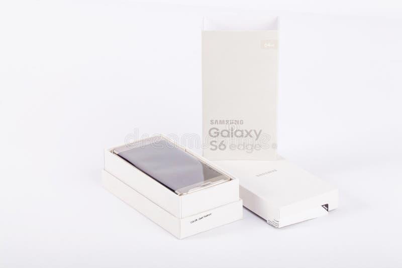 Samsung galaktyki S6 krawędź Złocista platyna obrazy royalty free