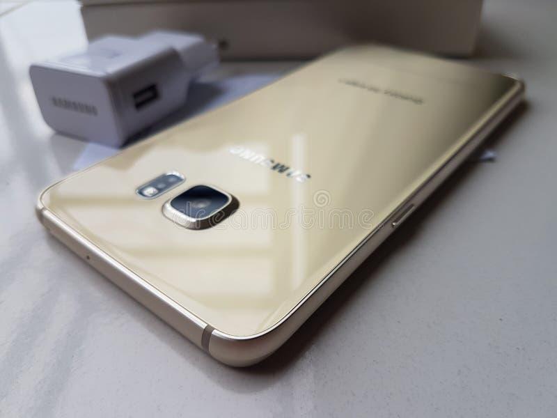 Samsung galaxy s6 edge plus gold platinum stock photos
