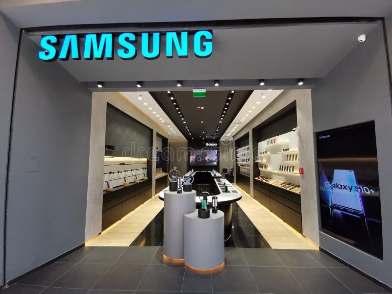 Samsungs-Speicher an der Mall Baneasa-Einkaufsstadt, Rumänien stockfotos