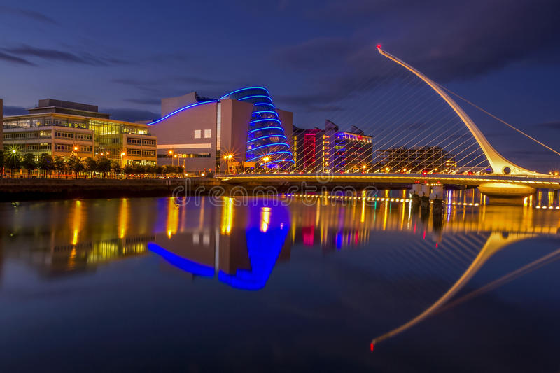 Samuel Beckett Bridge in Dublin stock foto