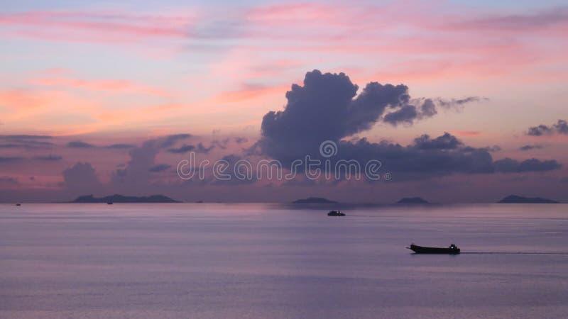 Samui pourpre de KOH de coucher du soleil photo stock