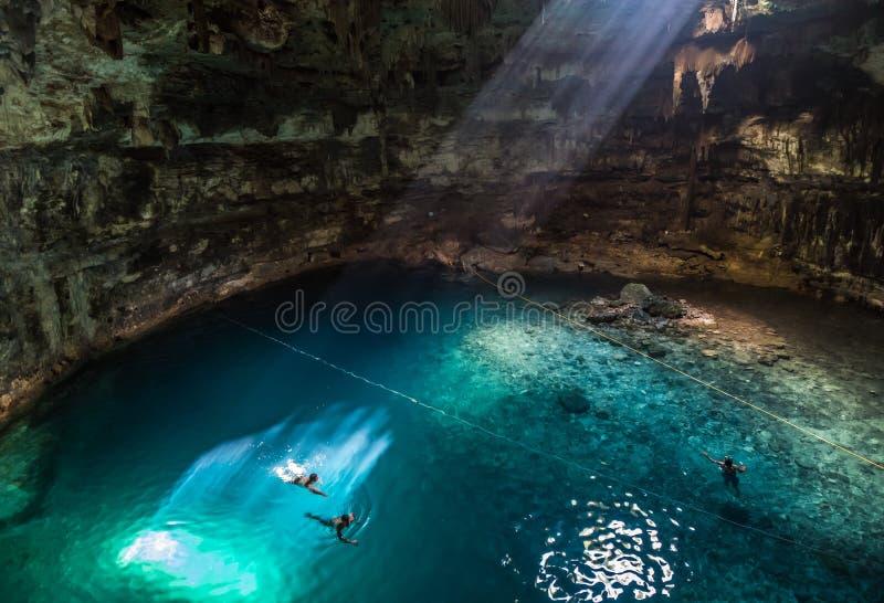 Samula cenote blisko Valladolid, Jukatan, Meksyk fotografia royalty free