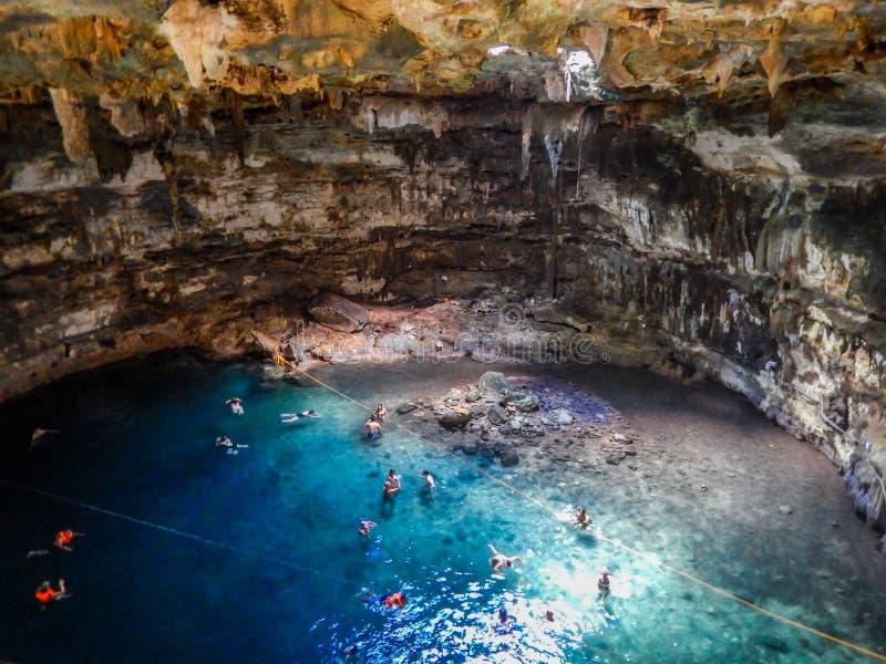 Samula Cenote en Yucatán, México imágenes de archivo libres de regalías