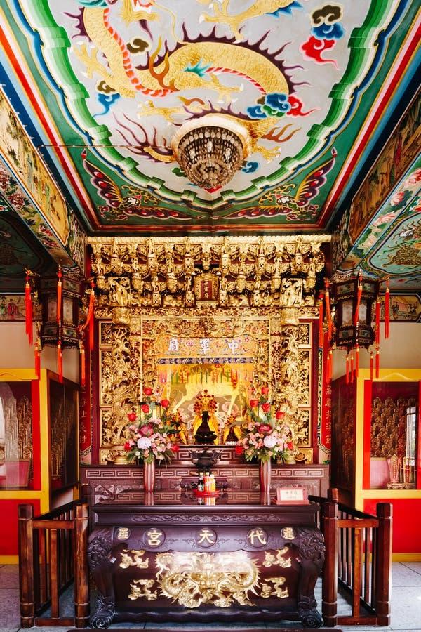 Samut Prakan Thailand, 25 Januari, 2017: Kinesisk gudrelikskrin på arkivbilder