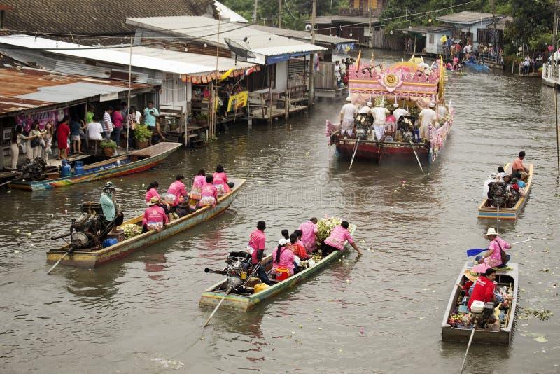 SAMUT PRAKARN, THAILAND-OCTOBER 7日2014年:给节日的莲花 库存图片