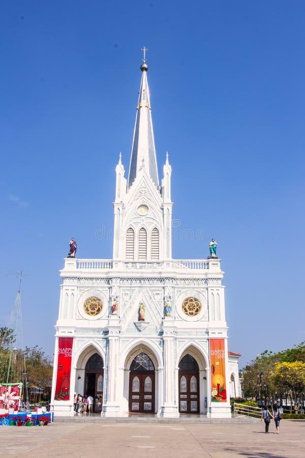 SAMUT SONGKHRAM, THAILAND JAN3, 2015: Turisten går att resa på royaltyfri bild