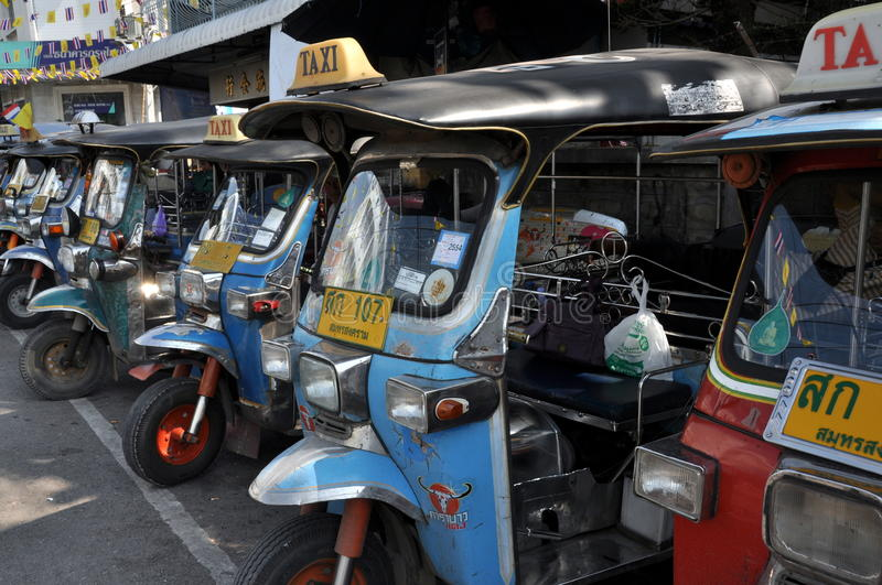 Download Samut Songkhram, Thailand: Tuk-Tuk Taxis Editorial Photography - Image of blue, waits: 18031292