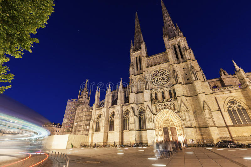San Andre Cathedral sul posto Pey-Berland in Bordeaux fotografie stock