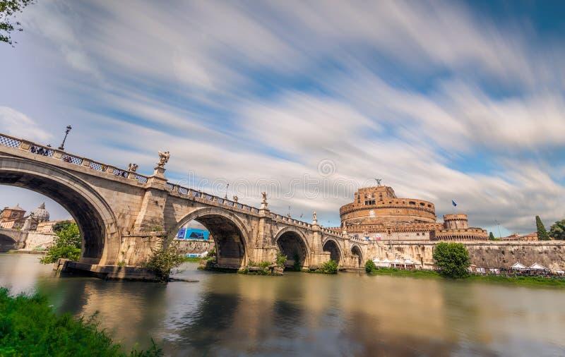 San Angelo, Lazio, Itália - o castelo do anjo imagem de stock royalty free