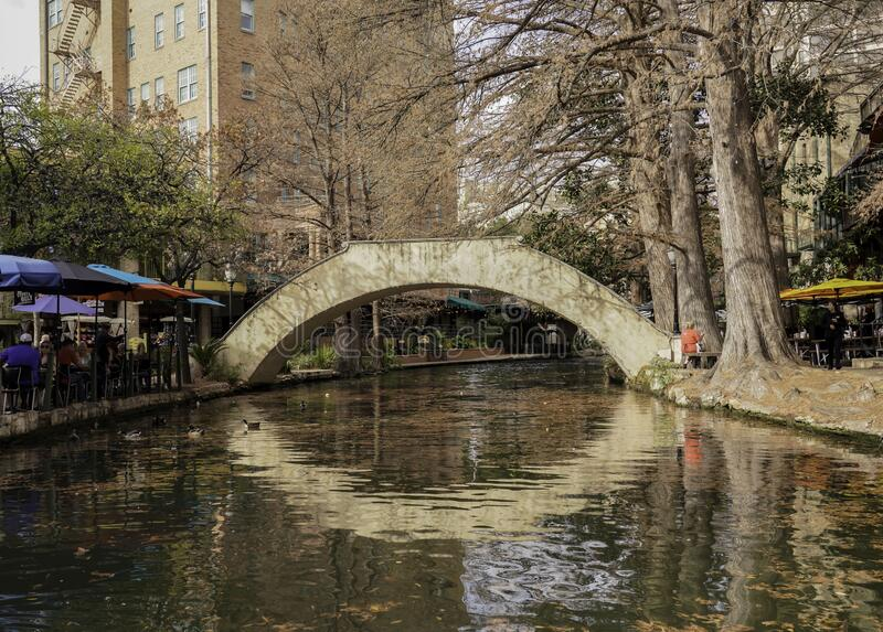San Antonio, Texas, Stany Zjednoczone - Krajobrazy i architektura rzek obraz stock