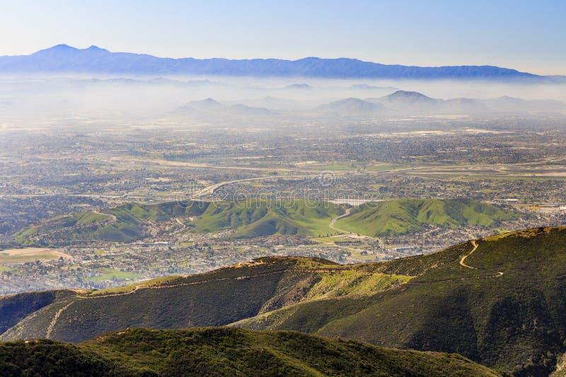San Bernardino no tempo do por do sol imagem de stock