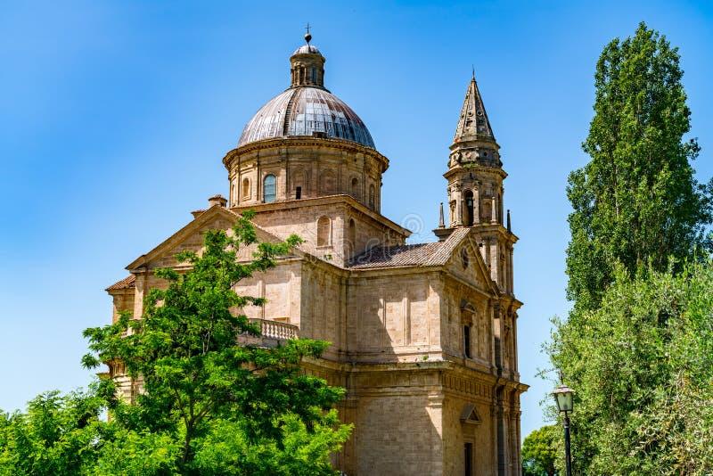 San Biagio kyrka i kulleöverkantstaden Montepulciano royaltyfri bild