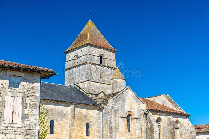 San Chartier della chiesa di Javarzay nel villaggio del cuoco unico-Boutonne, Francia immagini stock